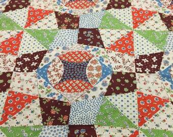 Vintage feedsack fabric. Vintage Floral Feed Sack Fabric. Vintage Flour sack fabric. Patchwork Quilt Fabric. FQ