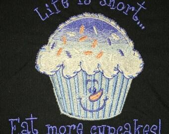Cupcake: Life is Short Tote Bag