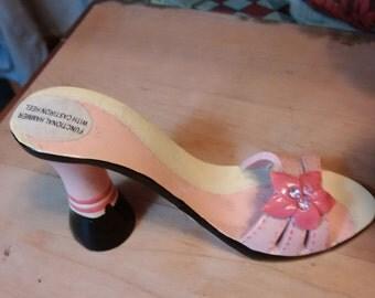 Vintage heeled shoe