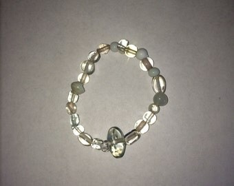 Clear/ White Glass Quality Handemade Stretch Bracelet