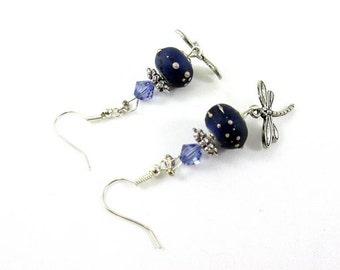Boucles d'oreilles libellules et perles violettes
