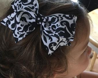 Black White Swirls Hairbow