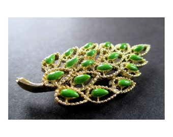 LEAF Pin / Brooch With GREEN STONES * Classic Vintage * Gift For Her