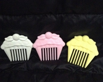 Vintage Kenner Cherry MERRY MUFFIN Combs!!!HTF!