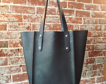 The Large Seamed Tote - Black Leather