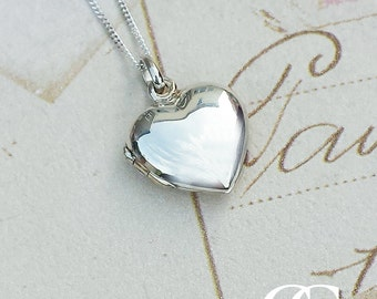 "Solid Sterling Silver Plain Heart Locket Necklace 18"" 20"""