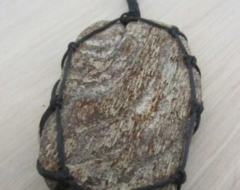 macrame necklace driftwood