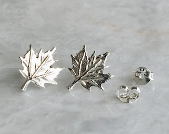 Sterling silver maple leaf studs, Silver maple leaf studs, Maple leaf earrings, Canadian maple leaf, Canada day (ES269)