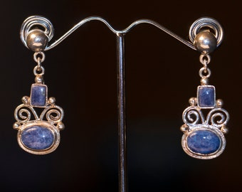 SALE- 9.50 Silver Lapis Lazuli Earrings