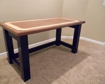 simple sophisticated  desk