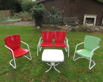 Thunderbird Red Metal Lawn Chair Set