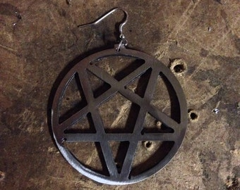 Invertedpentagram - earring