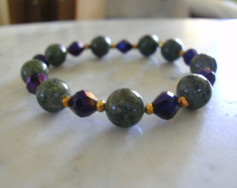 Bracelet: Green Stone with Purple Glass and Gold Tone