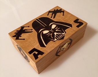Wooden box with star wars design - Pyrography