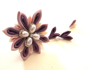 Japanese tsunami-zaiku hair clip / purple flower