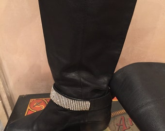 Boots with Crystal