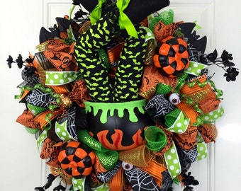Wicked Witch Deco Mesh Wreath, Halloween Deco Mesh Wreath, Halloween Door Decor, Witch Wreath, Halloween Wreath, Witch Booty Wreath