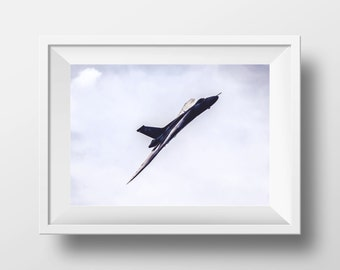 The Spirit of Great Britain - Vulcan XH558 - 12 x 8 inch photographic print - Photography wall art