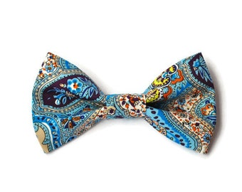 Dog bow-tie in Paisley print