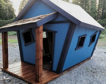 Crooked playhouse/chicken coop