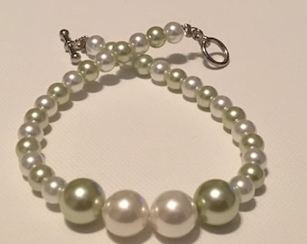 Spring Mint and Pearl Bracelet