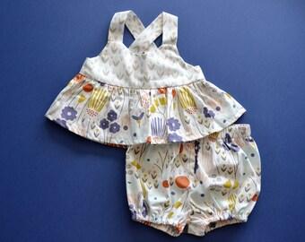 Baby girls organic cotton earthy ensemble, floral