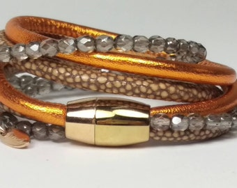 Nappa leather and Pearl wrap bracelet