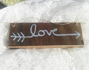 Love arrow sign - wooden wall hanging - wall plaque - arrow wall decor - love decor - hanging love sign -hanging arrow decor - free shipping