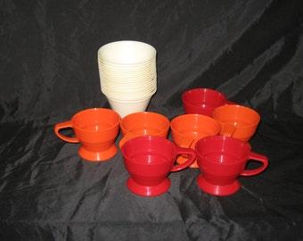 Vintage Solo Cozy Cups