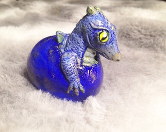 Baby Dragon Hatching sculpture