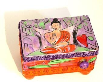 Treasure chest Buddha