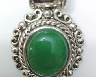 Vintage Metal Silver Pendant with Large Jade Green Stone