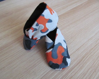 Camouflage Patterned Baby Booties
