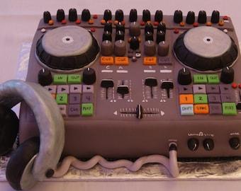 DJ turntable cake topper set