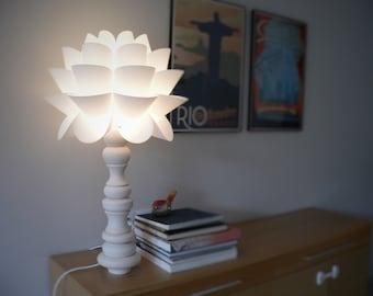 1/9 Lamp (white beauty)