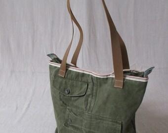 Upcycling tas van origineel Nederlandse leger broek