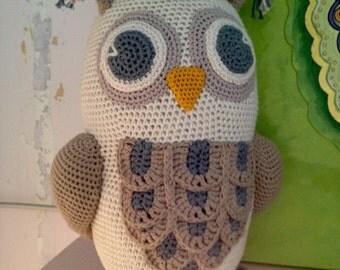 Big croched Owl
