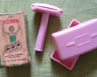 Vintage 1930s razor boxed Souplex Nymph ladies safety razor, pink