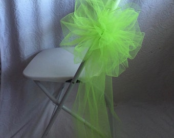 FLORAL CHAIR BOWS Lime Green Quality Tulle Sold In Sets Of 6 Featuring White Hydrangea Flowers