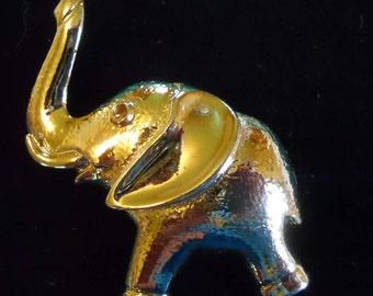Brooch - Pin  - GERRYS Elephant Pin - Trunk Raised and Charging Forward - Wonderful Brooch for Young and Old - Have you Smiling all day!