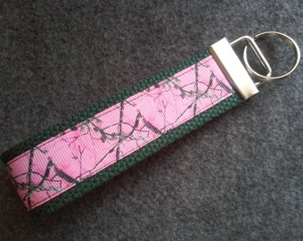 Pink Camouflage/Real Tree Fabric Key Fob Wristlet