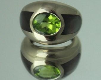 18k Mauboussin Paris Peridot & Abalone Ring