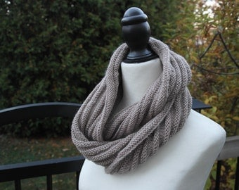 Soft ringed loop scarf - light tan
