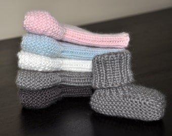 Pair of baby shoes knit super soft wool, wool/cashmere