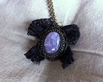 Stone and Black Lace necklace