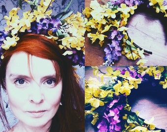 Handmade flower crown. Floral headband. hair accessories.