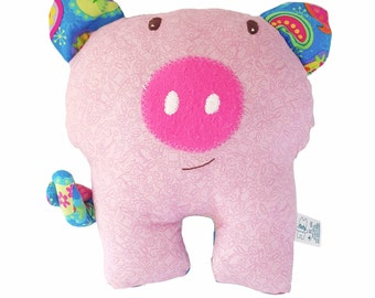 Piggy stuffed animal / piggy plushie / piggy softie / baby toy / nursery accesories / cerdito de peluche / cerdito  trapo