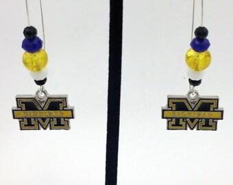 1 Pair - Michigan Theme Dangle Beaded Earrings Brass Ear wire Kidney Style EAR0004