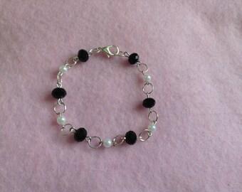 Black & White Chain Bracelet.