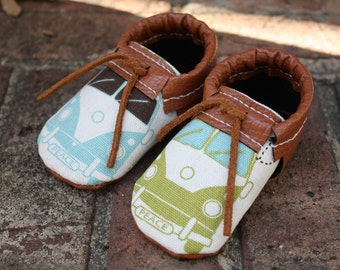 Baby shoes- Leather infant shoes- Baby boy shoes- Baby gift